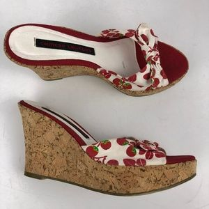 Chinese Laundry Cherry Pattern Wedges size 7